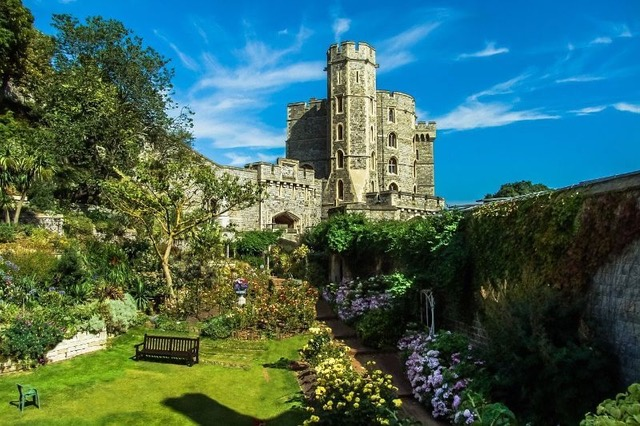 Royal Easter Traditions at Windsor Castle