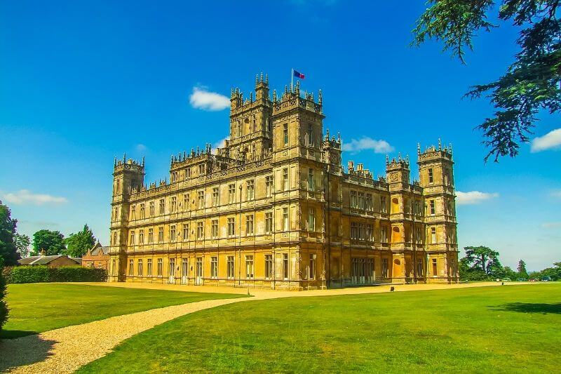 Downton Abbey is in fact Highclere Castle in Hampshire